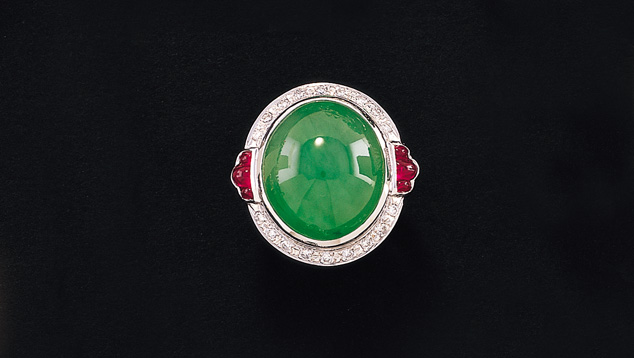 When jadeite's structure is fine-grained, the gem has smooth texture and high luster. - Courtesy Mason-Kay Fine Jade Jewelry